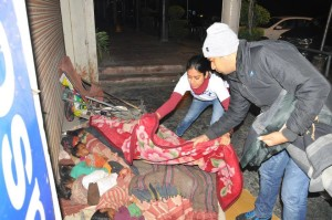 Event 57 : Punya 2014- Silent, Early morning distribution of blankets to Shelter less