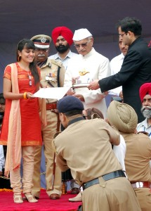 Independence Day Commendation (State Award 2011) to the Founder-President of NGO TAMMANA by Shivraj Patil, Punjab Governor.